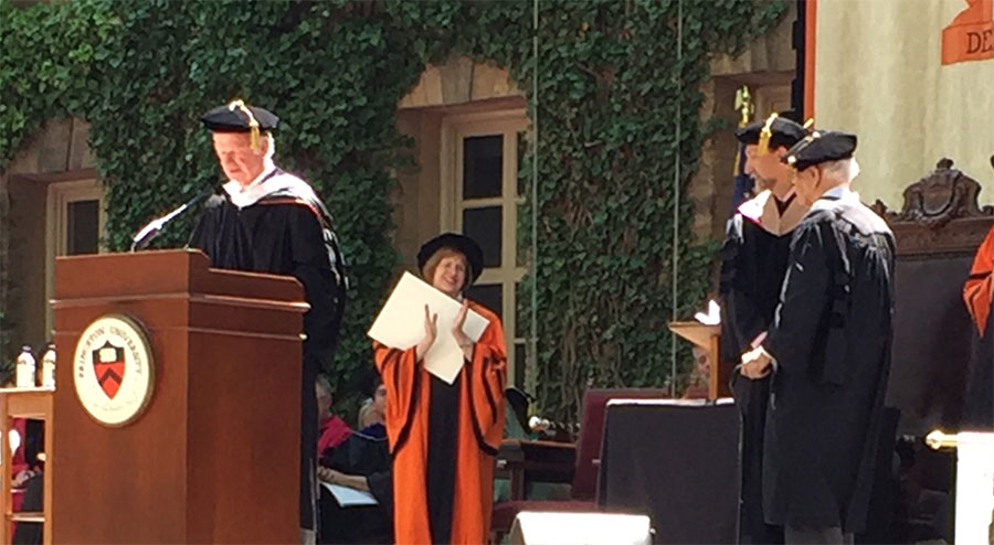 Robert Geddes awarded honorary Doctor of Fine Arts.